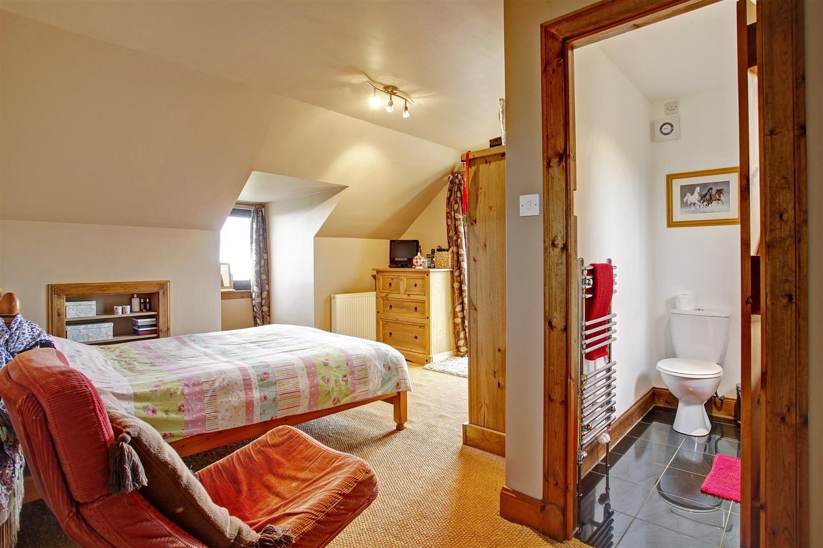 Cluanie Cottage, St Fink, Blairgowrie, Perthshire, PH10 7HD, UK